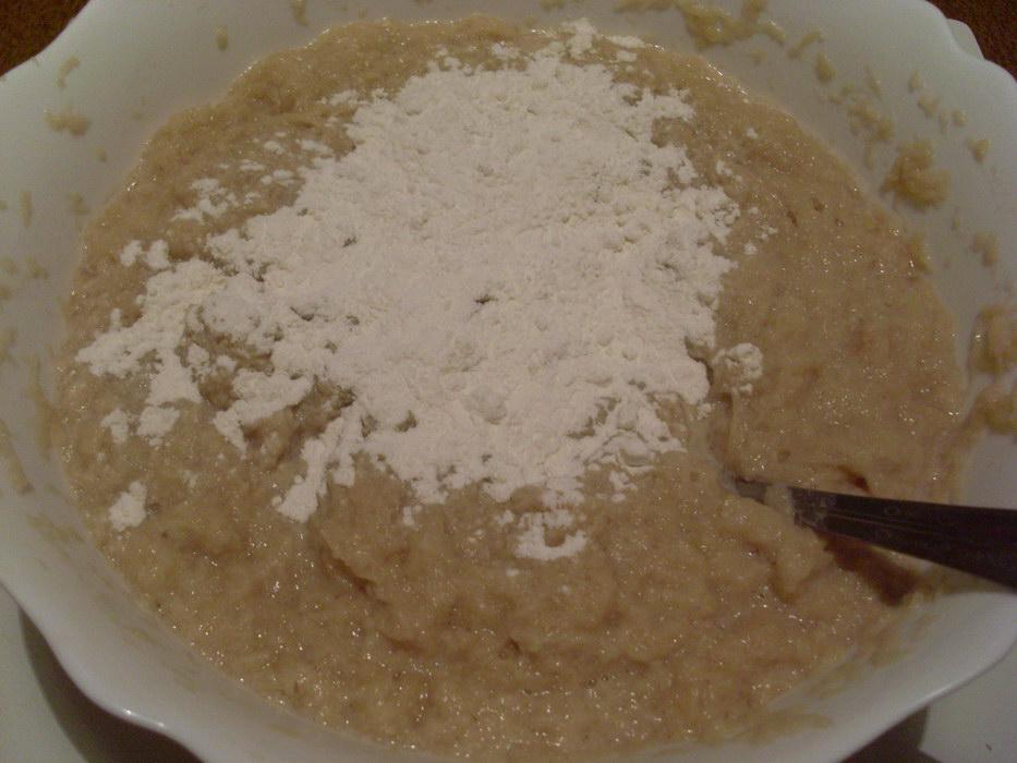 Добавить в картофельное пюре муку