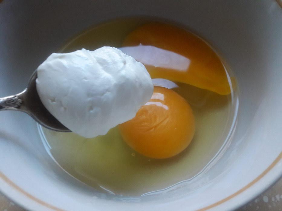Взбиваю яйца с кремом