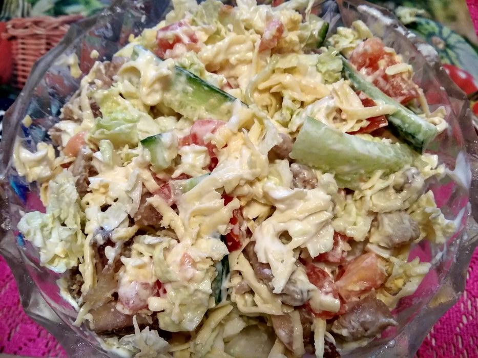 Простой и вкусный салат с курицей, привезла этот рецепт из Китая