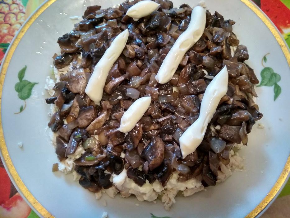 3ий слой грибы с луком