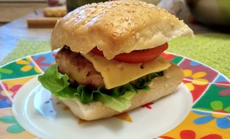 Гамбургеры с домашней котлетой