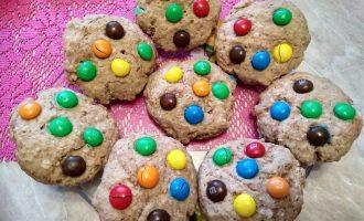 Овсяное печенье с ММдемс