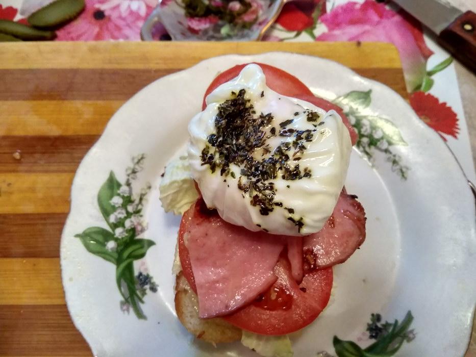 Домашний завтрак «Как в ресторане» с яйцом пашот