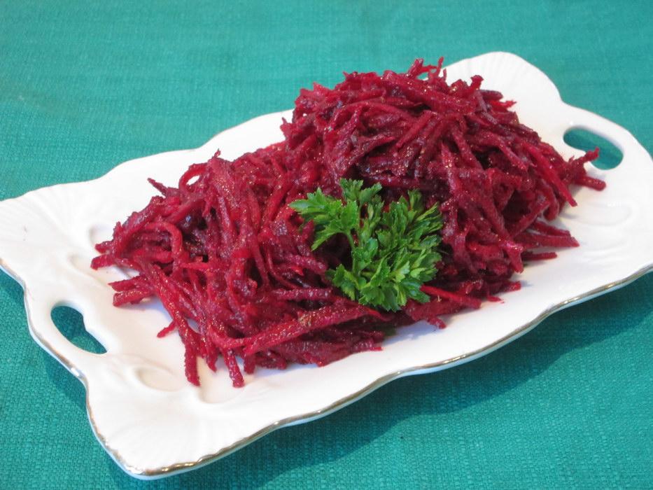 Салат свекла «По-корейски» (классический рецепт из сырого корнеплода)