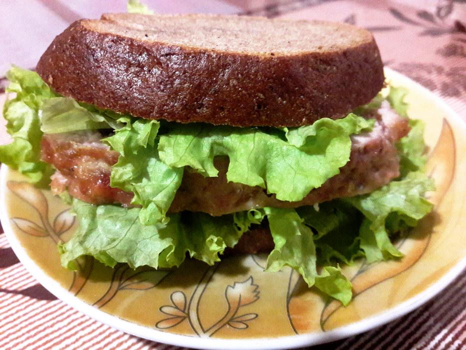 Мясной хлебец для бутербродов на завтрак