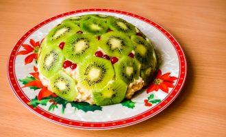 Сметанный торт без выпечки, требует 10-15 минут, не более