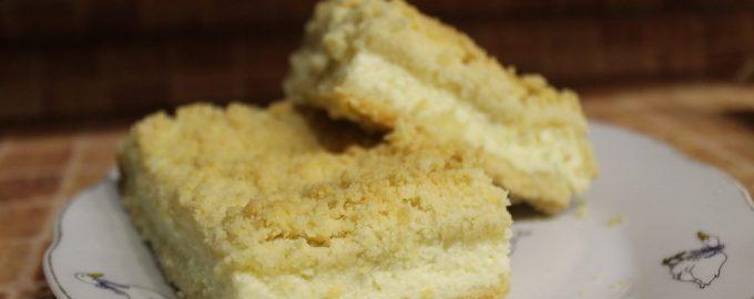 Творожный пирог с сахарной крошкой - нежная начинка, хрустящая корочка