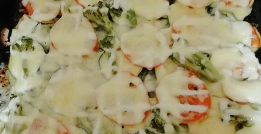 Нежная пицца из кабачков