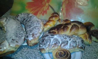 Праздничные сдобные булочки