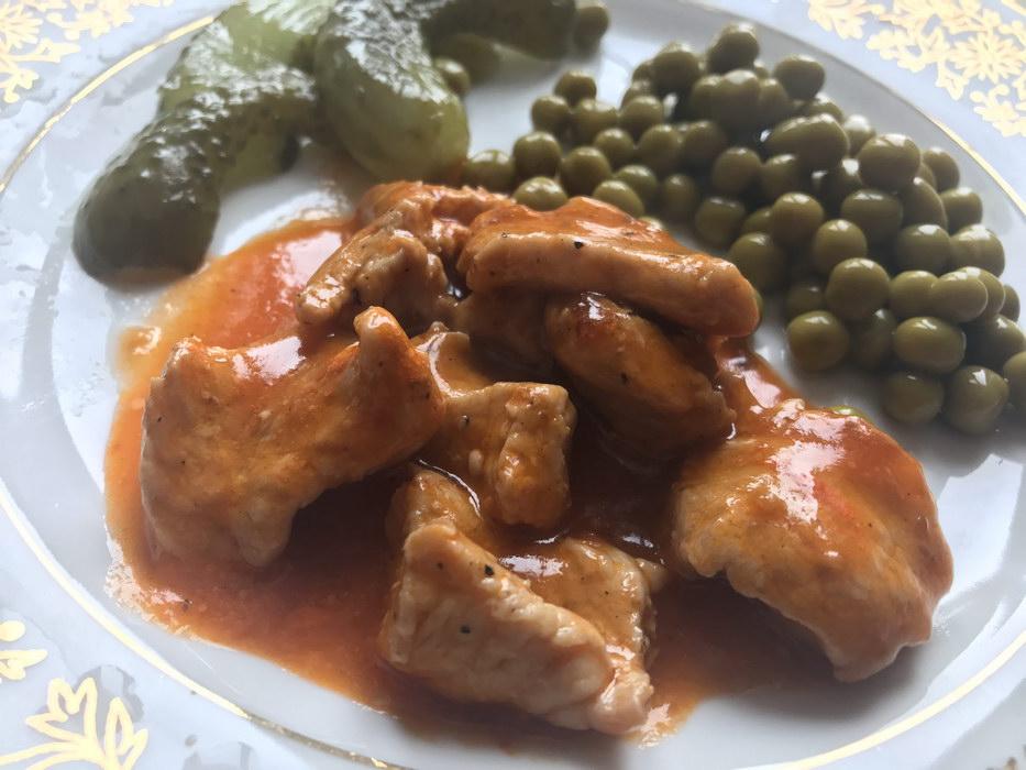 Острое мясо в томатном соусе «Тётушкин рецепт»