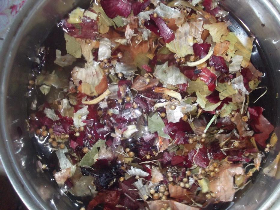 Сама мариную мойву в луковой шелухе – делюсь рецептом