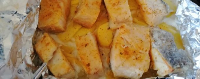 Сочная сайда с картофелем