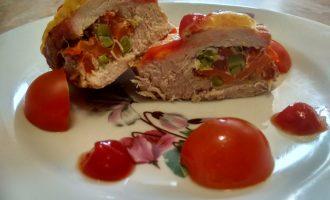 «Мясные кармашки» - начинка, чуть сладковата, а мясо становится нежным и сочным