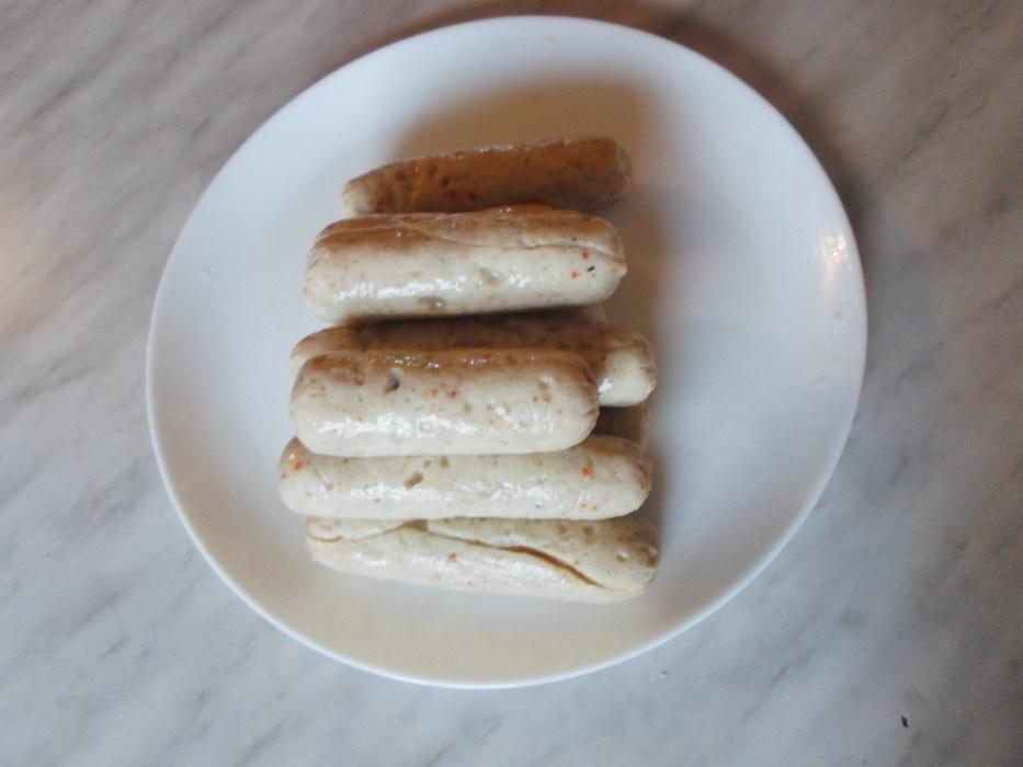 Уже несколько лет не покупаю сосиски, готовлю сама - делюсь рецептом «Домашние молочные сосиски»