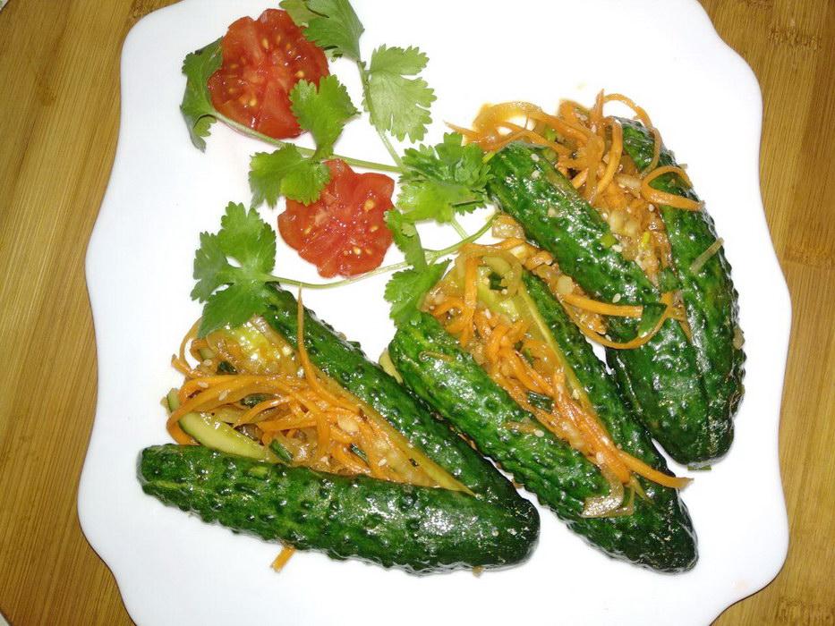 У нас в семье все любят пряные закуски по-корейски, делюсь рецептом «Кимчи из огурцов» - 1 час и готово
