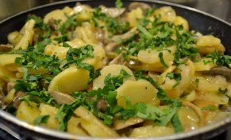 Рагу из свиных почек и картофеля