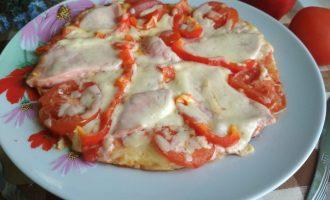 «Русская пицца» рецепт на сковороде за 10 минут