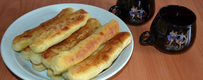Сахарные палочки, жаренные в масле. Мой студенческий десерт времён дефицита (продуктов не было вообще)