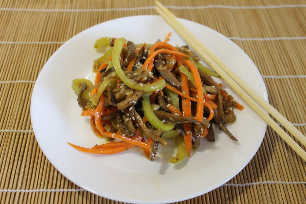 Закуска «Баклажаны по-корейски»