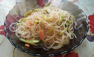 Салат «Фунчоза по-корейски»