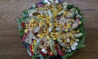 Салат с авокадо «Особый повод»
