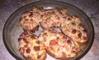 Сочные мини-пиццы (без теста)