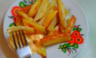 Вкуснейший картофель фри в духовке