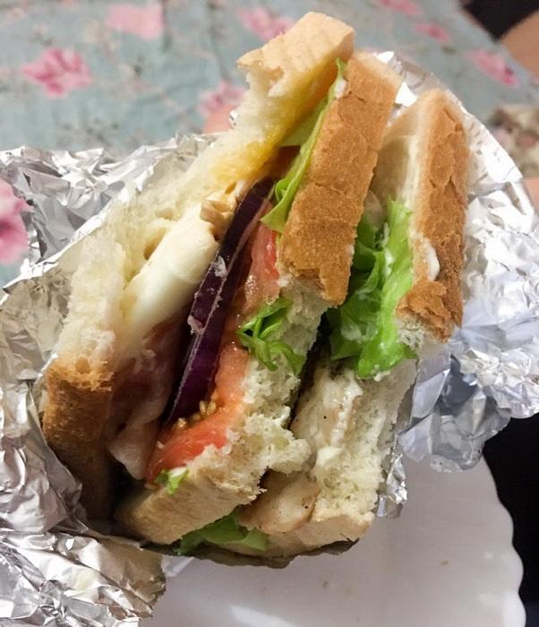 Настоящий «Клаб-сэндвич» от шеф-повара или просто вкусный бутерброд, так говорит мой муж