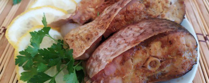 Запеченный толстолоб в пикантном маринаде