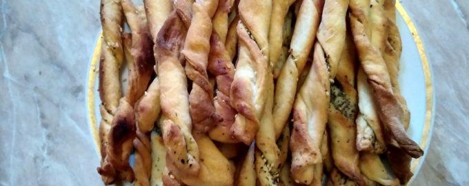 Рецепт «Маковые гриссини». (Выполняю капризы. Внучка сказала, хлеб есть не будет, а хочет специальные хлебные палочки)