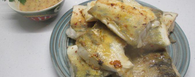 Очень вкусная рыба в белом вине, готовлю даже детям. Всегда суховатый судак, становится нежнейшим и сочным