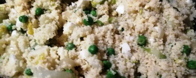Обзавелась хорошим рецептом гарнира из пекинской капусты. Так потушить попробовала впервые, а результат очень понравился
