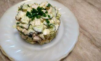 Салат «Моника» из курицы и китайской капусты