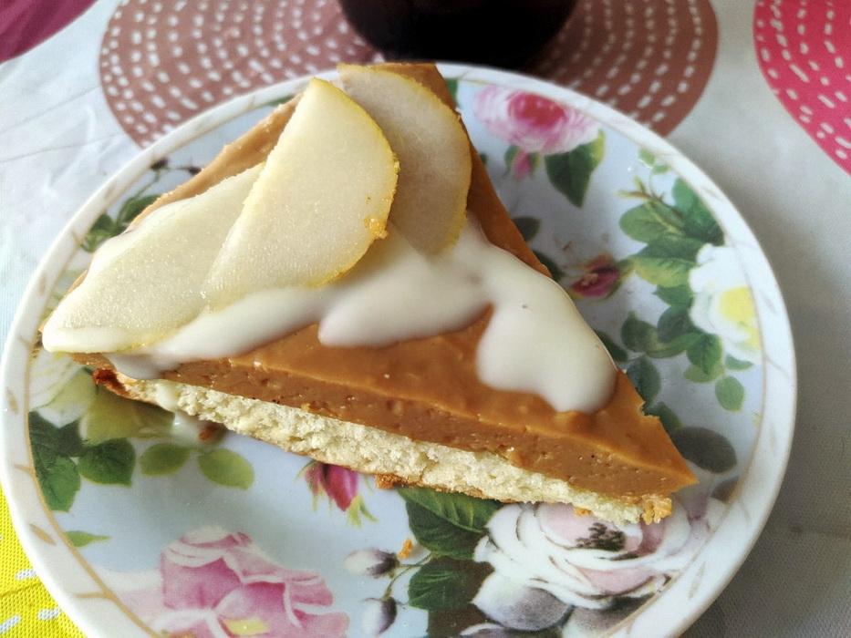С внучкой испробовали рецепт и приготовили «Муссовый карамельный торт». Очень понравился. Нежнейший и вкус ирисок