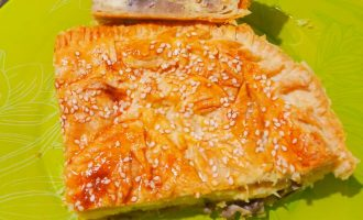 Душевный «Сырный пирог с грибами» - готовиться быстро, съедается моментально