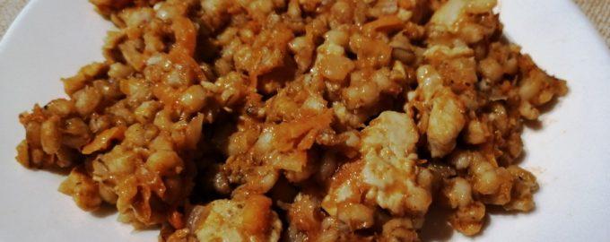 Как я готовлю вкуснейшую перловку с курицей в соусе а-ля консерва «Завтрак туриста», но 100% натуральная и мясная