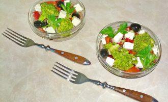 «Весенний салат с брокколи» - невестка любит его готовить: оригинальный и без вреда фигуре