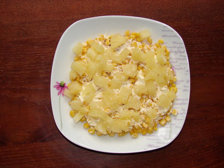 Слой ананасов